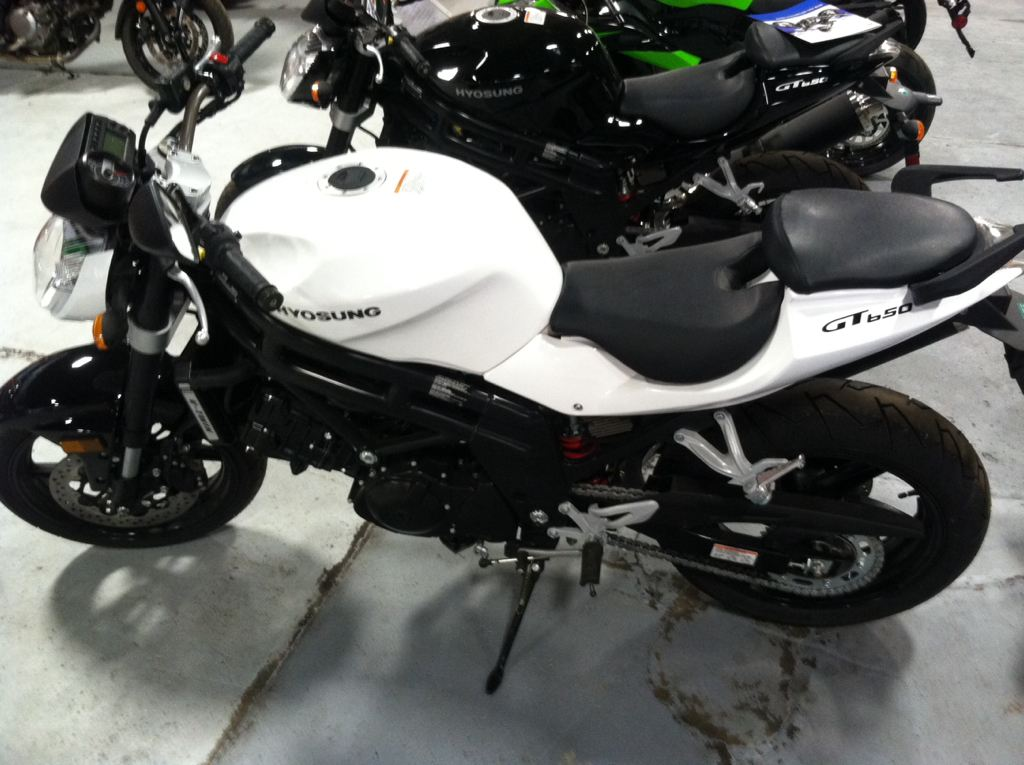 2012 Hyosung GT650, motorcycle listing