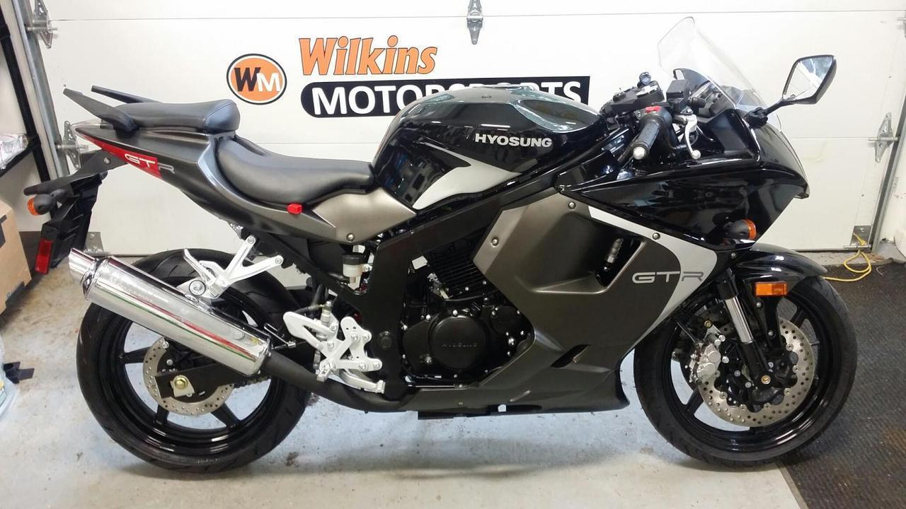 2015 Hyosung GT250 R, motorcycle listing
