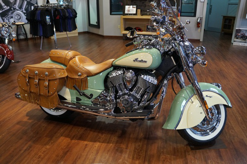 2015 Indian Chief Vintage Willow Green Ivory Cream