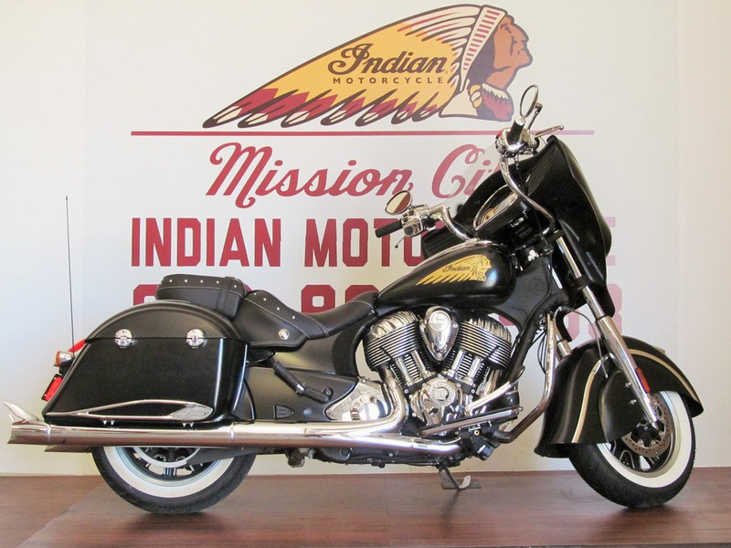 2015 Indian Chieftain Thunder Denim Black EXTRAS, motorcycle listing