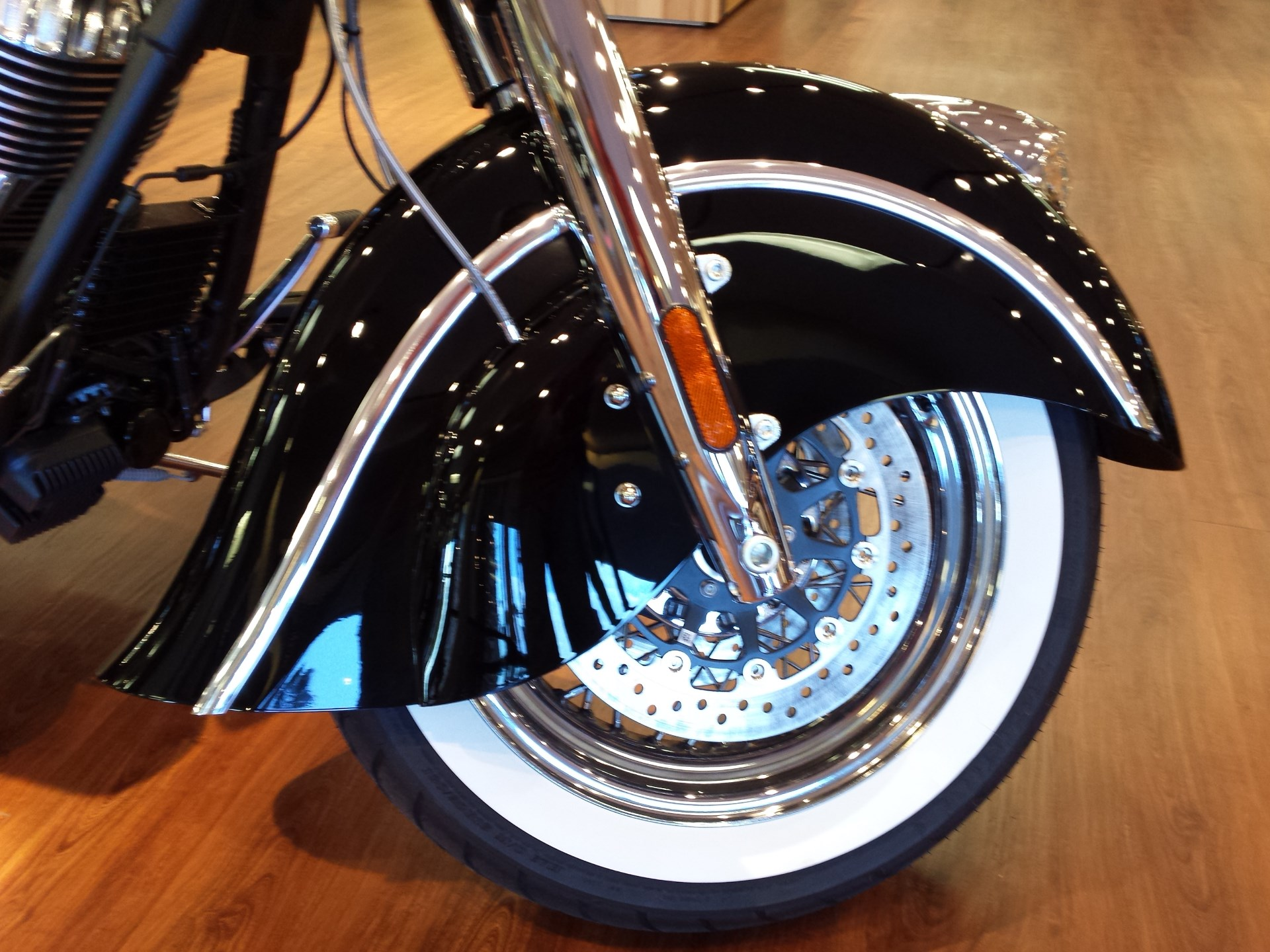 2015 Indian Chief® Classic, motorcycle listing
