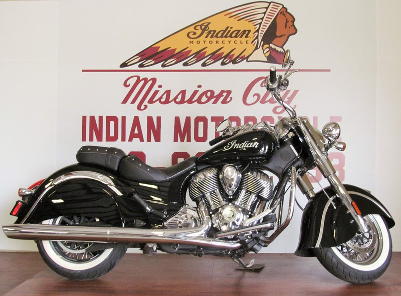 2014 Indian Chief Classic Thunder Black Low Miles, motorcycle listing